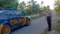 Petugas piket SPKT Polsek Seginim saat patroli dialogis