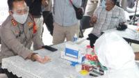 Kapolresta Tangerang Kombes Pol Ade Ary Syam Indradi menjalani rapid test Covid-19