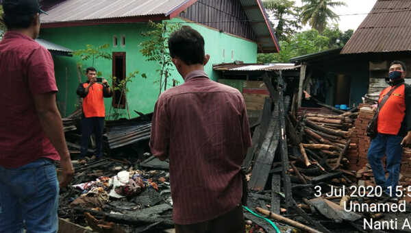 Olah TKP kebakaran di Desa Bumi Agung