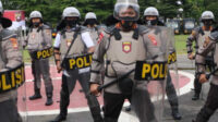 Empat hari kedua rapat kerja dan teknis (Rakernis) fungsi Harkam di jajaran Polda Kalimantan Barat diisi latihan peragaan pleton Dalmas