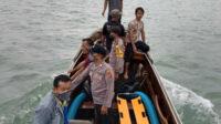 Pencarian korban tenggelam, Sugiono (52) berakhir di Teluk Kelabat, Desa Bakit, Kecamatan Parittiga, Kabupaten Bangka Barat, Provinsi Kepulauan Bangka Belitung (Babel), Senin pagi.
