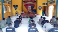 Penyampaian materi pelatihan kepada personel Satpol PP Kabupaten Bengkulu Selatan