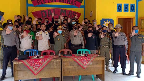 Peserta dan instruktur pelatihan Satpol PP Bengkulu Selatan