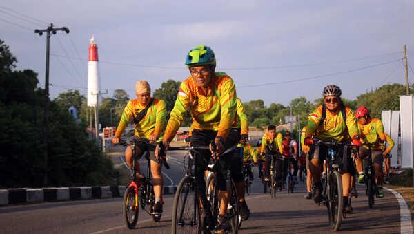 Seluruh PJU Polres Bangka Barat mengikuti olahraga bersepeda bersama Kapolres AKBP Fedriansah SIK dan Wakapolres, Jum'at pagi