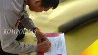 Penandatanganan naskah deklarasi Dayung Serunting. Organisasi ini diminta fokus pada perwujudan visi-misi, agar mampu berkontribusi positif bagi pengembangan SDM peka konservasi alam