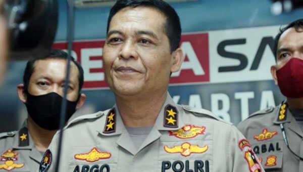 Kadiv Humas Polri Irjen Argo Yuwono menyampaikan keterangan pers terkait pendemo yang ditangkap polisi di sejumlah Polda jajaran