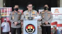 Kadiv Humas Polri menjelaskan, ada dua kapolda tidak melaksanakan perintah dalam menegakkan protokol kesehatan, maka diberi sanksi berupa pencopotan, Kapolda Metro Jaya dan Kapolda Jawa Barat