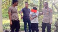 Kapolsek Kelapa Polres Bangka Barat memimpin langsung penangkapan pelaku pencabulan anak tiri di kediamannya, Sabtu 7 Nopember 2020.