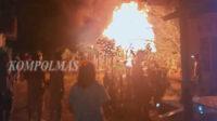 Kebakaran hebat ini terjadi saat penghuni rumahtengah tidur pulas, Sabtu dini hari